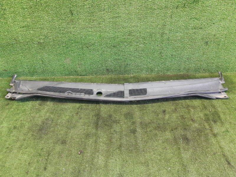 Планка под дворники Nissan R'nessa PNN30 KA24DE 1999 (б/у)