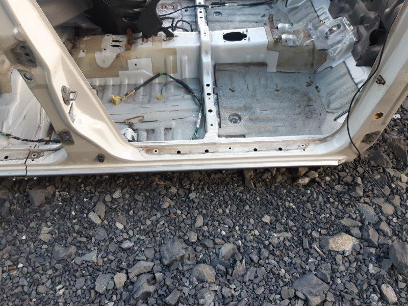 Порог Daihatsu Pyzar G301G HDEP 1998 правый (б/у)