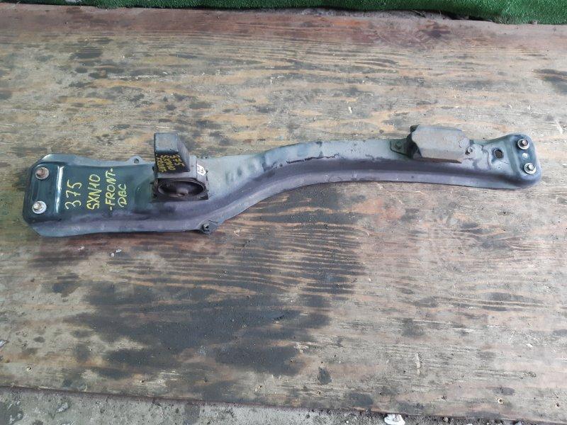 Балка под двс Toyota Nadia SXN10 3SFSE 2000 передняя (б/у)