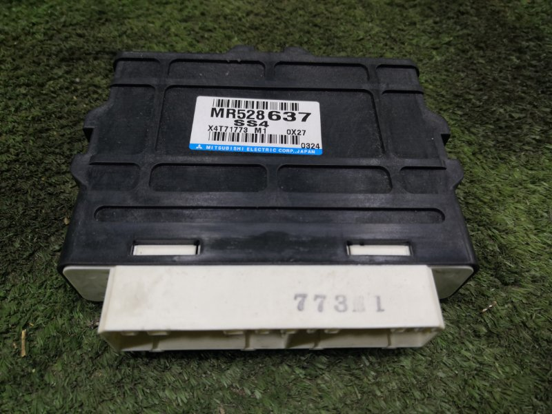 Блок управления 4wd Mitsubishi Pajero V75W 6G74 2000 (б/у)