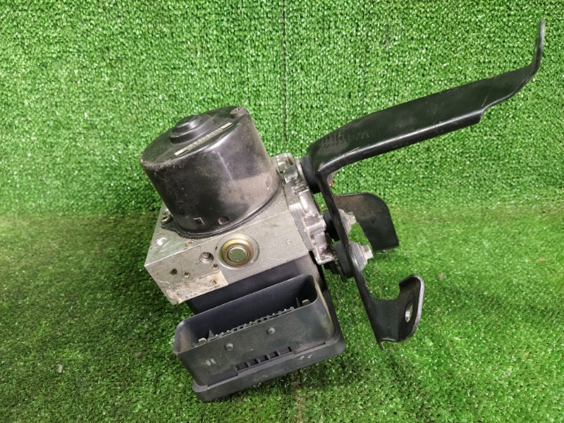 Блок abs Honda Cr-V RD7 K24A 2005 (б/у)