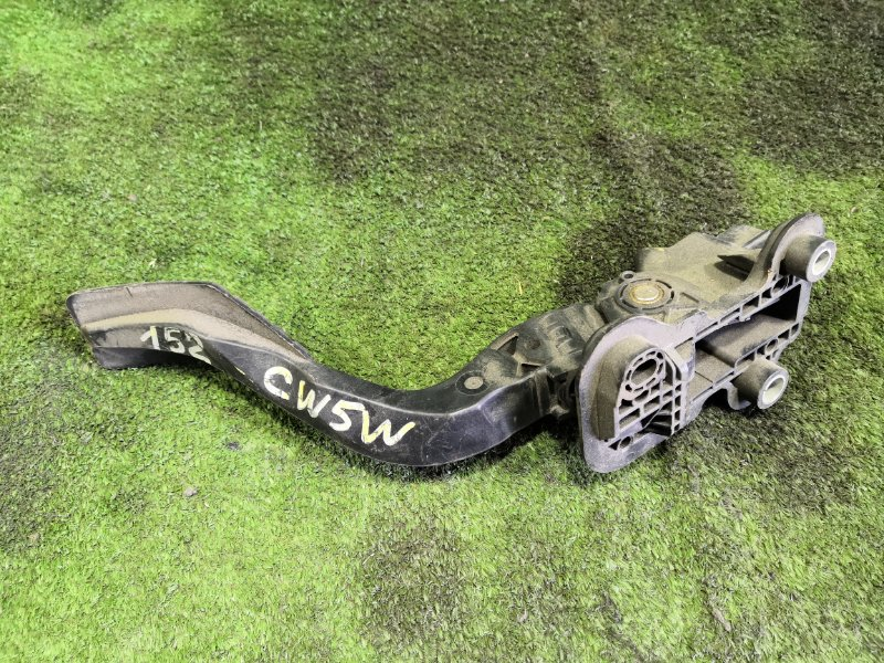 Педаль газа Mitsubishi Outlander CW5W 4B12 2006 (б/у)