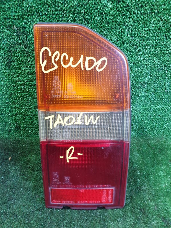 Стоп-сигнал Suzuki Escudo TD01W G16A задний правый (б/у)