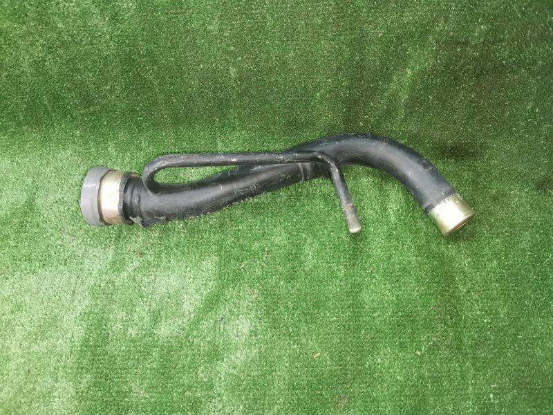 Горловина топливного бака Toyota Hiace KZH106W 1KZTE 1995 (б/у)