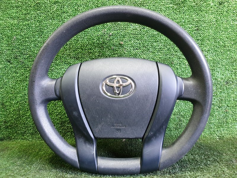 Руль с airbag Toyota Aqua NHP10 1NZFXE 2013 (б/у)