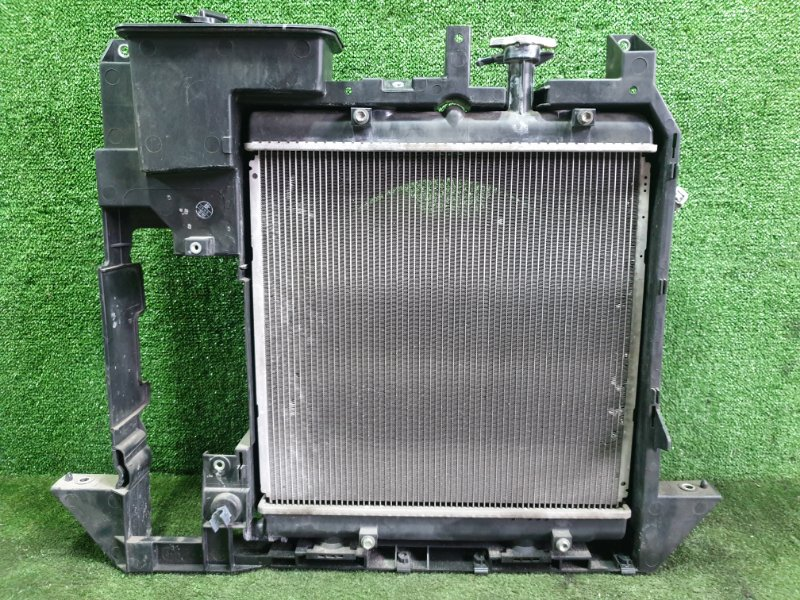 Радиатор основной Daihatsu Atrai S331G KFDET 2007 (б/у)