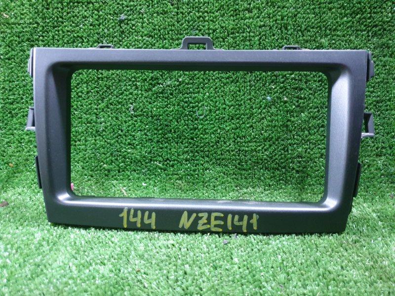 Консоль магнитофона Toyota Corolla Fielder NZE141 1NZFE 2007 (б/у)