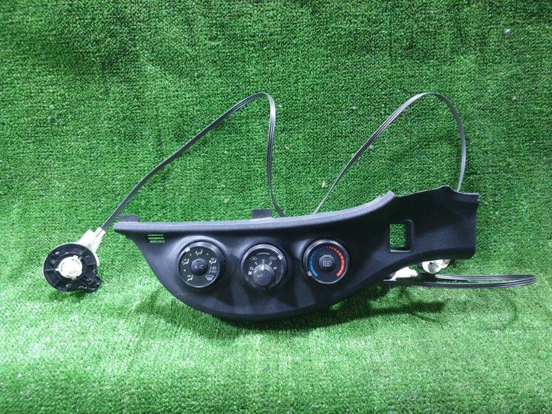 Блок управления климат-контролем Toyota Vitz NSP135 1NRFE 2012 (б/у)