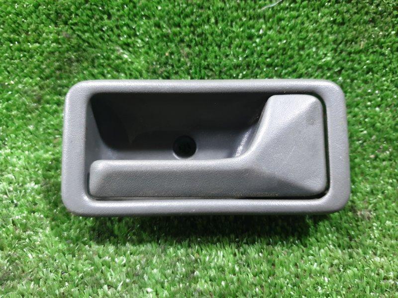 Ручка двери внутренняя Mazda Mpv LVLR WLT 1998 передняя правая (б/у)
