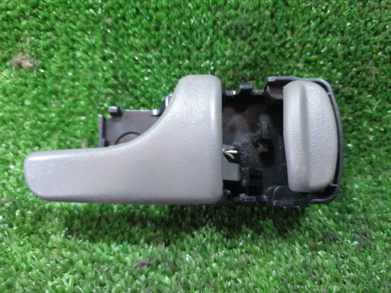 Ручка двери внутренняя Nissan Mistral R20 TD27T 1995 задняя правая (б/у)