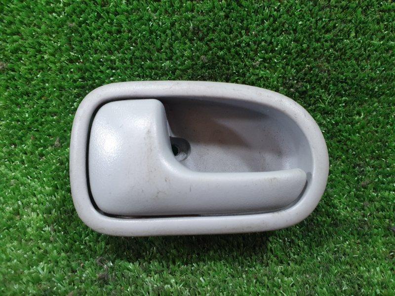 Ручка двери внутренняя Mazda Bongo Friendee SGLR WLT 1997 передняя левая (б/у)