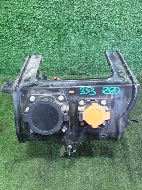 Зарядное гнездо Nissan Leaf ZE0 EM61 2011 (б/у)