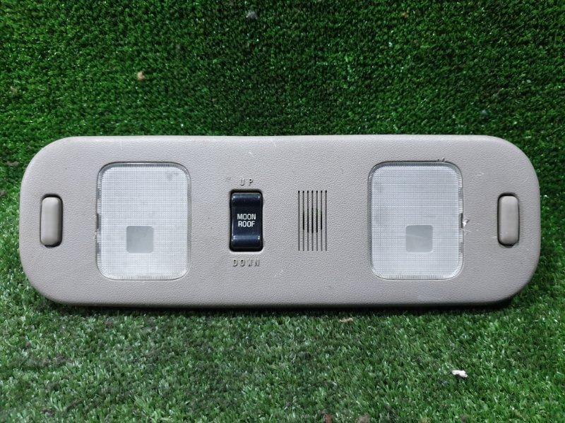 Плафон Toyota Hiace KZH106W 1KZTE 1995 задний (б/у)