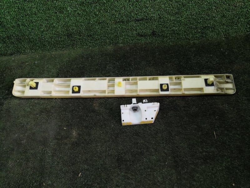 Крепление бампера Nissan Fuga PY50 VQ35HR 2008 заднее левое (б/у)