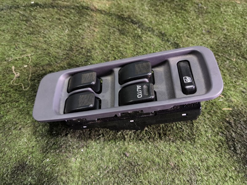 Блок управления стеклами Toyota Cami J100E HCEJ 1999 передний правый (б/у)