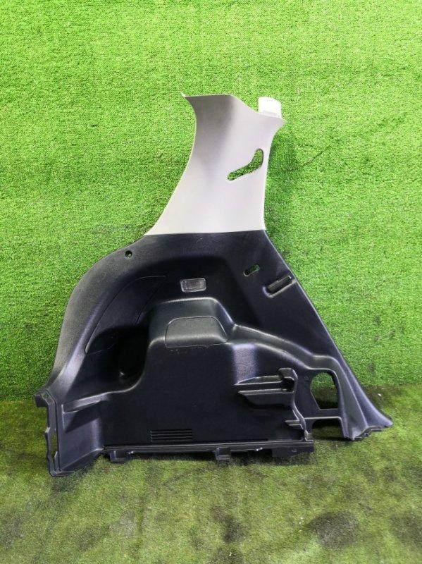 Обшивка багажника Toyota Vitz NSP135 1NRFE 2011 задняя левая (б/у)