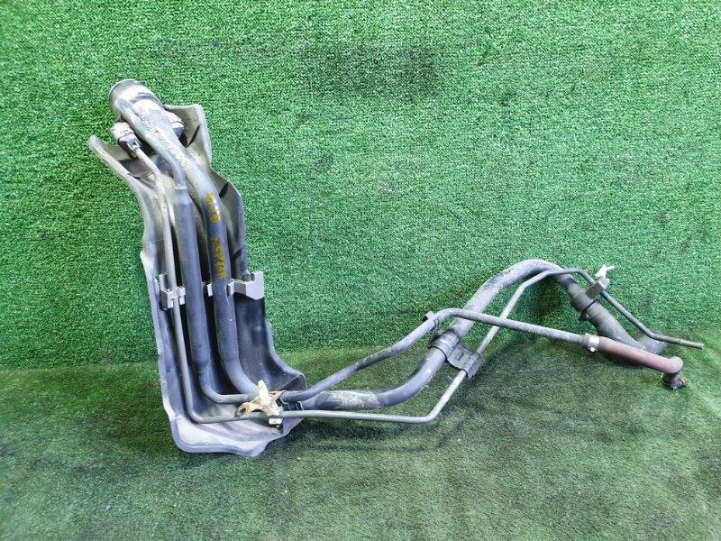 Горловина топливного бака Toyota Vitz NSP135 1NRFE 2011 (б/у)