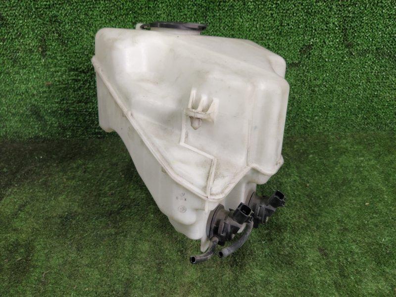 Бачок стеклоомывателя Toyota Prius NHW20 1NZFXE 2008 (б/у)