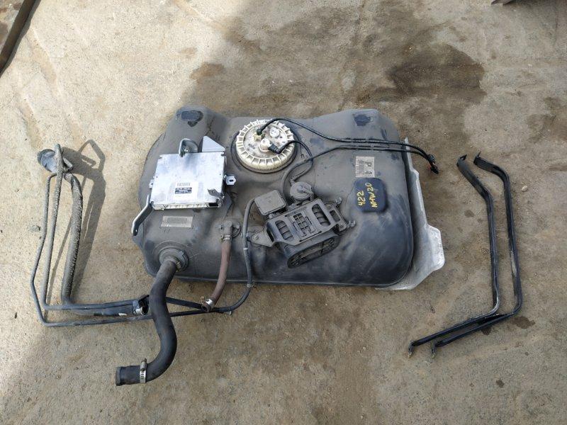 Бензобак Toyota Prius NHW20 1NZFXE 2008 (б/у)