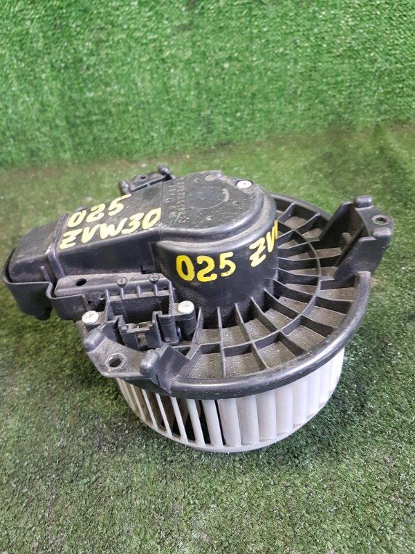 Мотор печки Toyota Prius ZVW30 2ZRFXE 2010 (б/у)