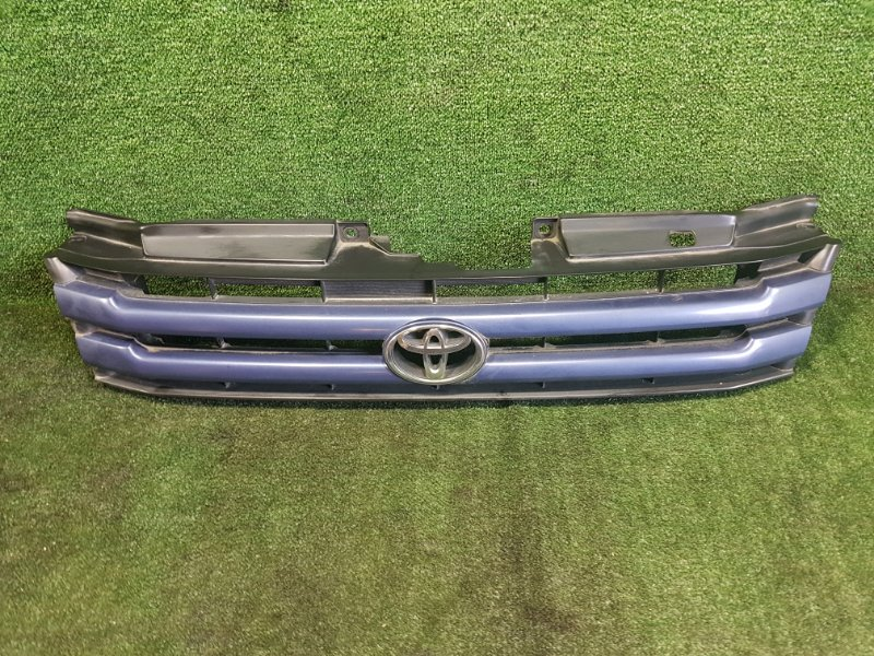 Решетка радиатора Toyota Noah SR50 3SFE 1997 (б/у)