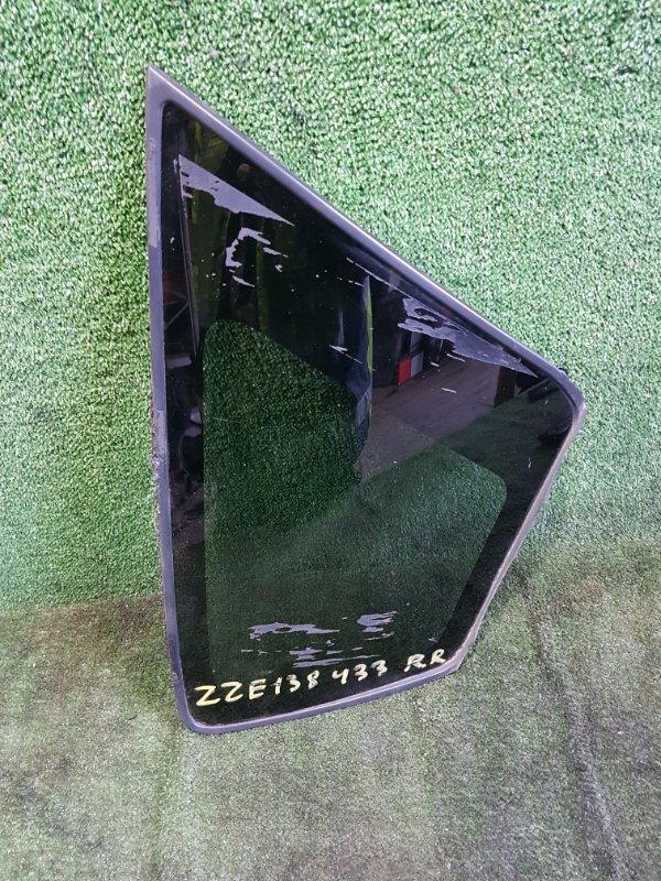 Стекло собачника Toyota Voltz ZZE138 1ZZFE 2002 заднее правое (б/у)