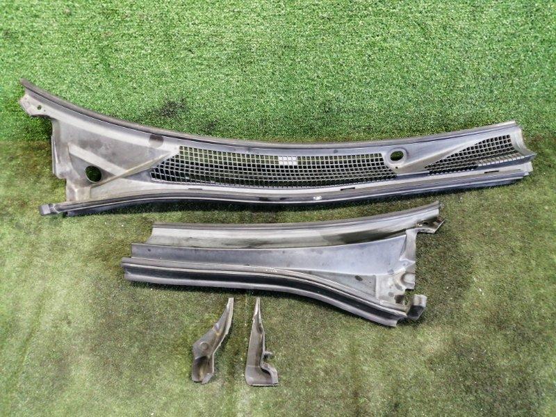 Планка под дворники Subaru Forester SF5 EJ205 1999 передняя (б/у)