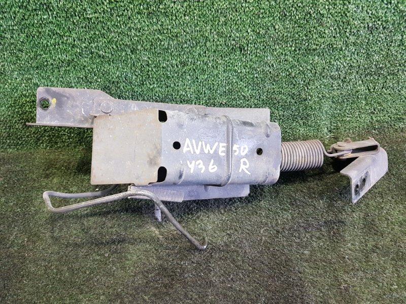 Тройник тормозной Nissan Elgrand AVWE50 QD32ETI 1999 задний (б/у)
