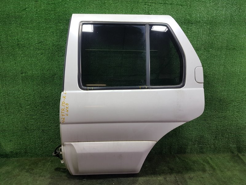 Дверь Nissan Terrano TR50 ZD30DDTI 2000 задняя левая (б/у)