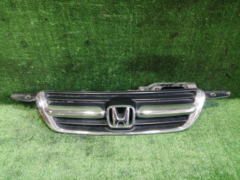 Решетка радиатора Honda Cr-V RD5 K20A 2004 передняя (б/у)