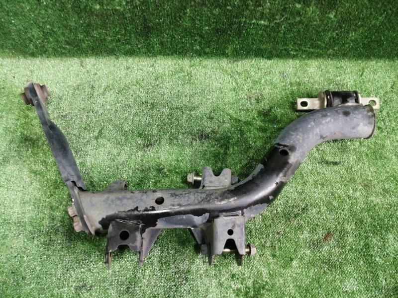 Рычаг Honda Cr-V RD5 K20A 2004 задний левый нижний (б/у)