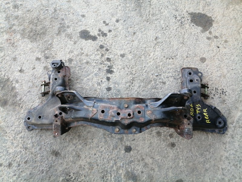 Балка подвески Honda Cr-V RD7 K24A 2006 задняя (б/у)