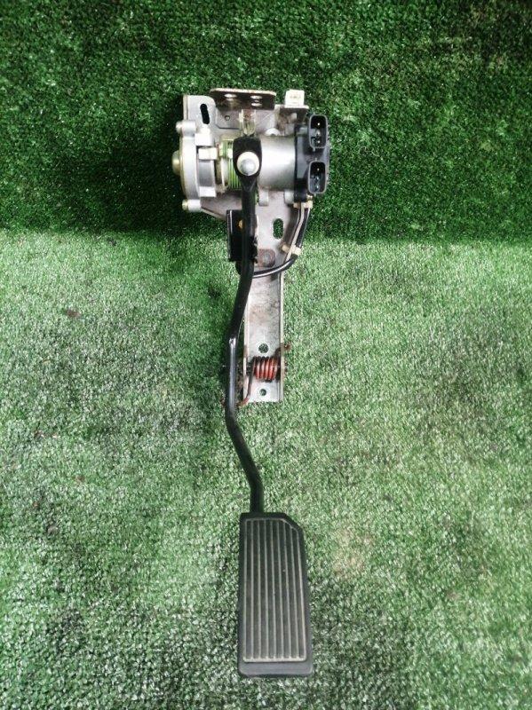 Педаль газа Nissan Elgrand AVWE50 QD32ETI 1997 (б/у)