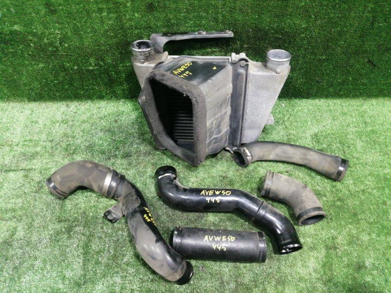 Радиатор интеркулера Nissan Elgrand AVWE50 QD32ETI 1997 передний (б/у)
