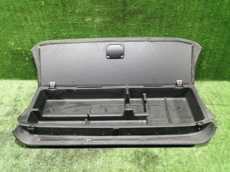 Ящик в багажник Mitsubishi Pajero Io H66W 4G93 1998 задний (б/у)