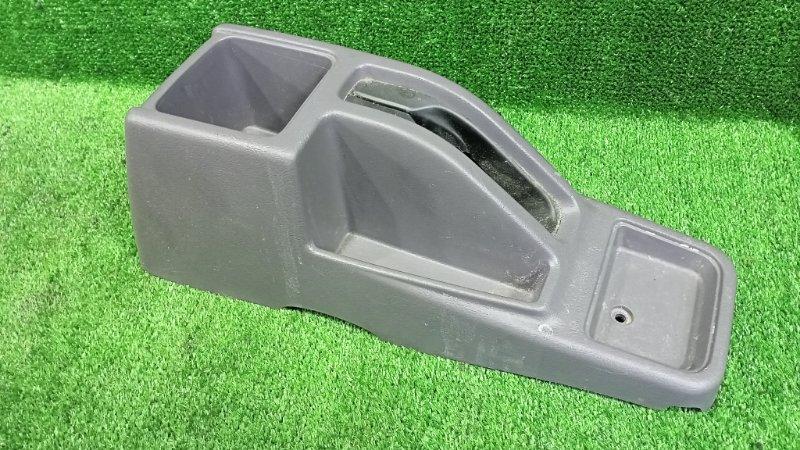 Бардачок между сиденьями Mitsubishi Pajero Junior H57A 4A31 1996 (б/у)