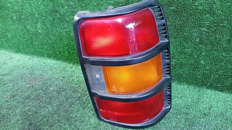 Стоп-сигнал Mitsubishi Pajero V21W 4G64 1996 задний правый (б/у)