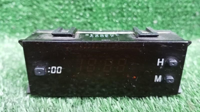 Часы Toyota Caldina ST215 3SGE 1998 (б/у)