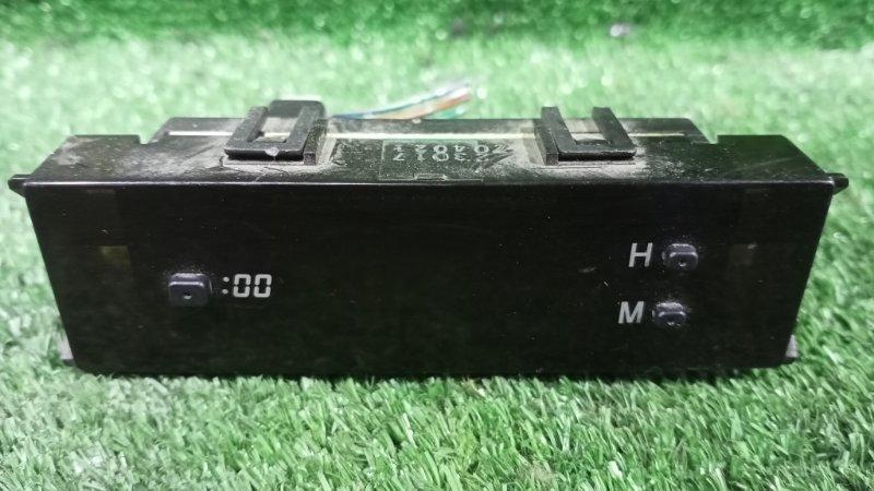 Часы Toyota Noah CR50 3CT 1997 (б/у)