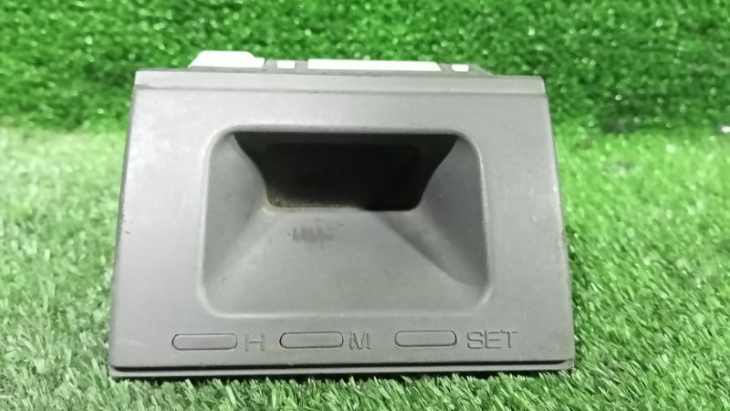 Часы Mitsubishi Pajero V21W (б/у)