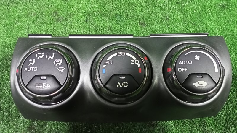 Блок управления климат-контролем Honda Cr-V RD7 K24A 2005 (б/у)