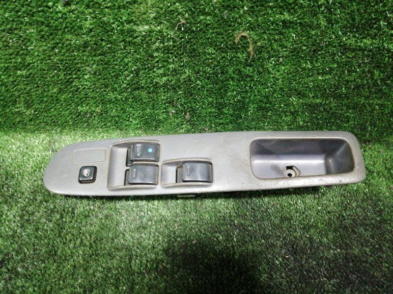 Блок управления стеклами Toyota Noah SR50 3SFE передний правый (б/у)