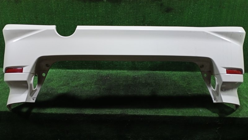 Бампер Toyota Alphard ANH15 2AZFE 2003 задний (б/у)