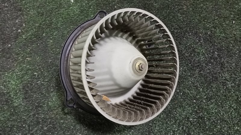 Мотор печки Suzuki Escudo TD61W H25A 1996 (б/у)