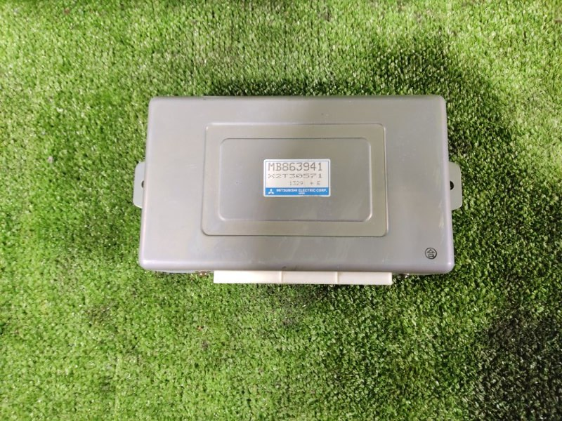 Блок управления abs Mitsubishi Pajero V43W 6G72 1991 (б/у)