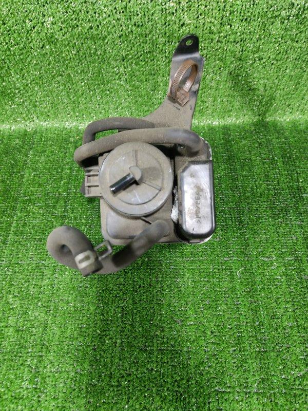 Фильтр паров топлива Toyota Ipsum ACM26 2AZFE 2002 (б/у)