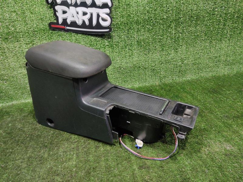 Бардачок между сиденьями Subaru Impreza GP7 FB20A 2011 (б/у)