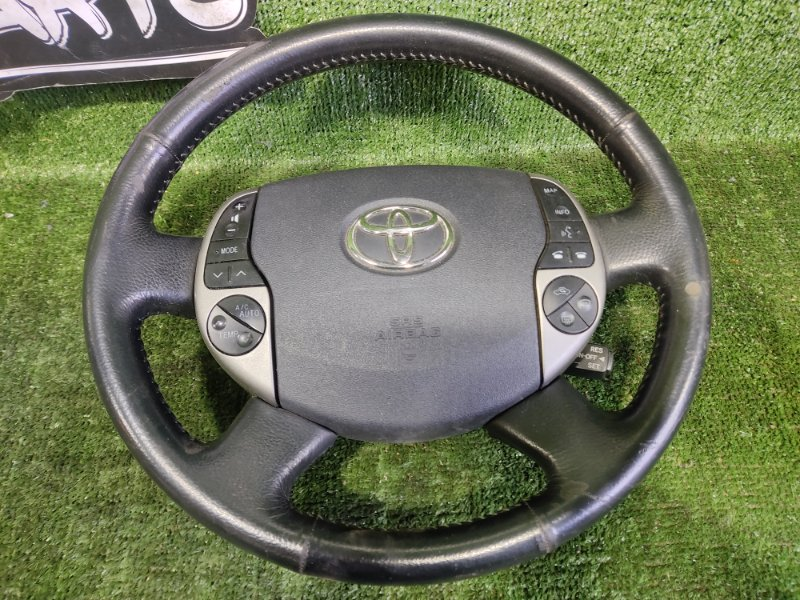 Руль с airbag Toyota Prius NHW20 1NZFXE 2003 (б/у)