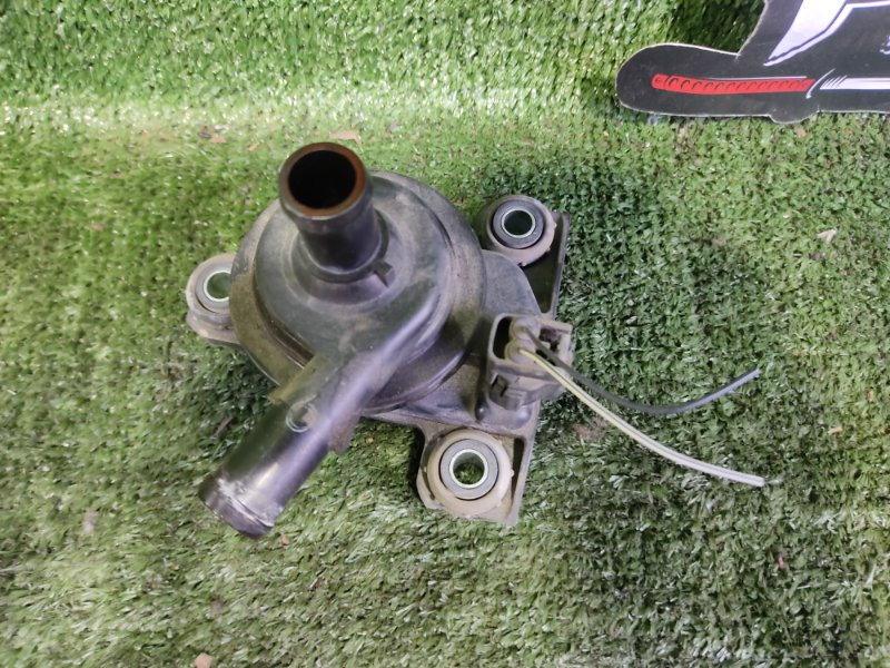 Помпа инвертора Toyota Prius NHW20 1NZFXE 2004 (б/у)