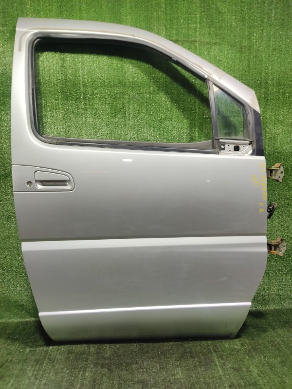 Дверь Nissan Elgrand AVWE50 QD32ETI 1998 передняя правая (б/у)